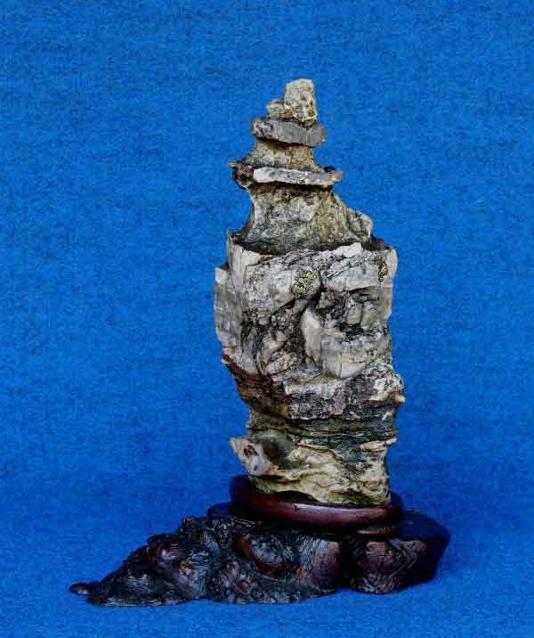 Suiseki la Pagoda